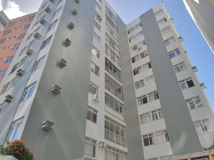 Apartamento à venda na graça com 4(quatro) quartos com 1
