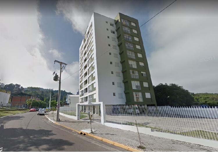 Apartamento mobiliado a venda, 70 m², com 2 quartos em vila