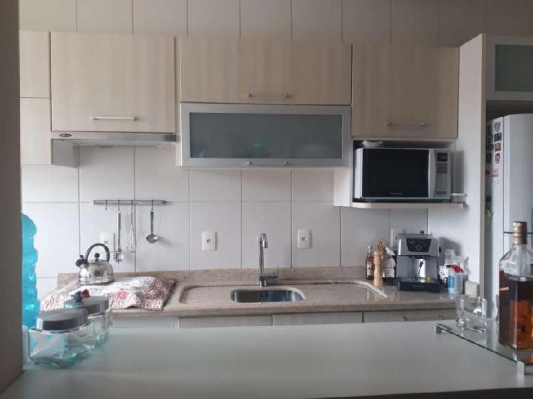 Apartamento mobiliado- c/ 3 quartos no bairro areias - são