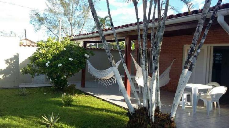 Casa de Praia de 130m² em terreno de 300m² em Itanhaém
