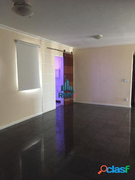 Apartamento para aluguel possui 140 m² quadrados com 3 quartos no quilombo