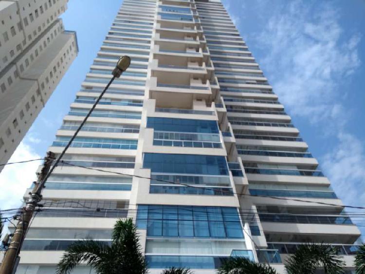 Apartamento para aluguel com 155 metros quadrados com 3