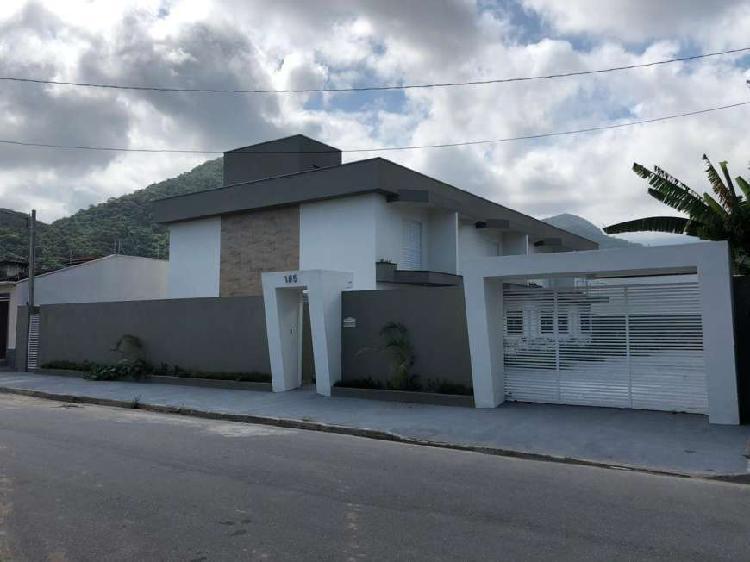 Casas em condomínio que vão de 87 m² à 136 m² com 2
