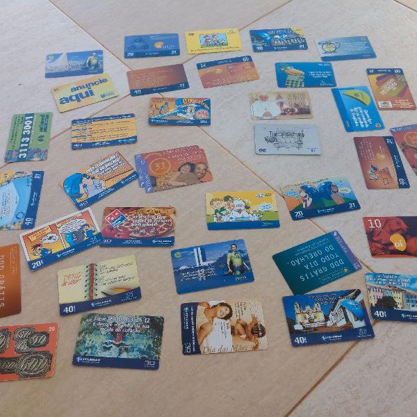 Coleção de cartões telefonicos tendo o do papa bento xvi