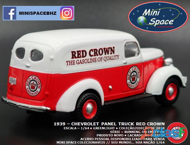 Greenlight 1939 Chevrolet Panel Truck logo Red Crown 1/64 7
