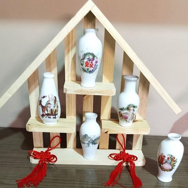 Vasos chineses coleção com prateleira madeira