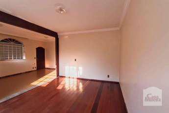 Casa com 3 quartos para alugar no bairro santa teresa,