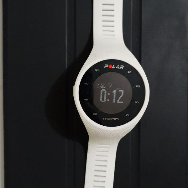 Relógio polar m200
