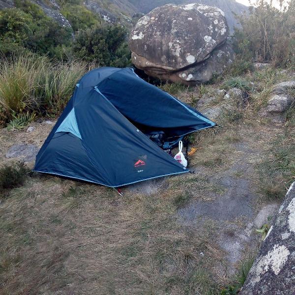 Barraca de camping cota 2 marca trilhas e rumos