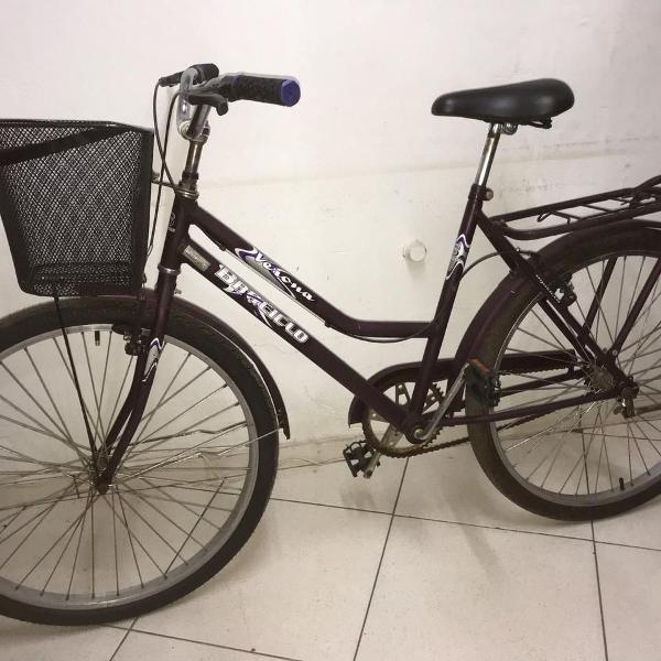 Bicicleta feminina seminova com cestinha