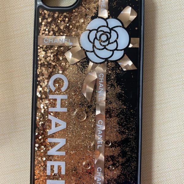 Case chanel preta/dourada iphone 6/6s