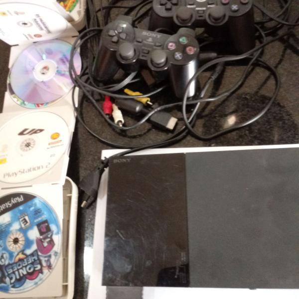 Playstation 2 com 2 controles + memory card + brindes