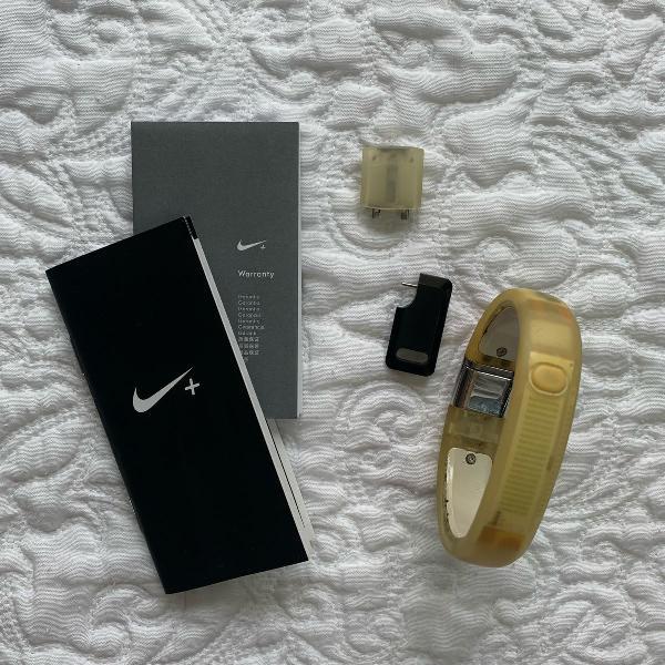 Pulseira smartband nike+ fuelband branca m/g