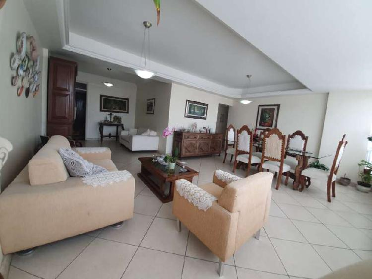Apartamento à venda no campo grande, 3 (três) quartos