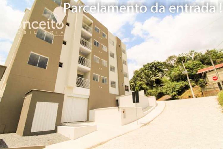 Apartamento novo,ultimo andar, dois dormitórios, sacada com