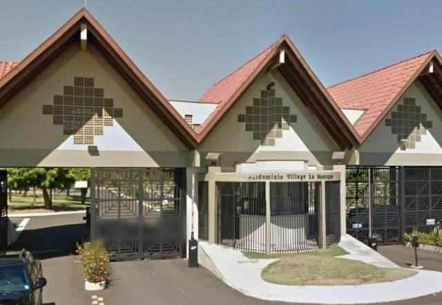 Casa condomínio village la montagne
