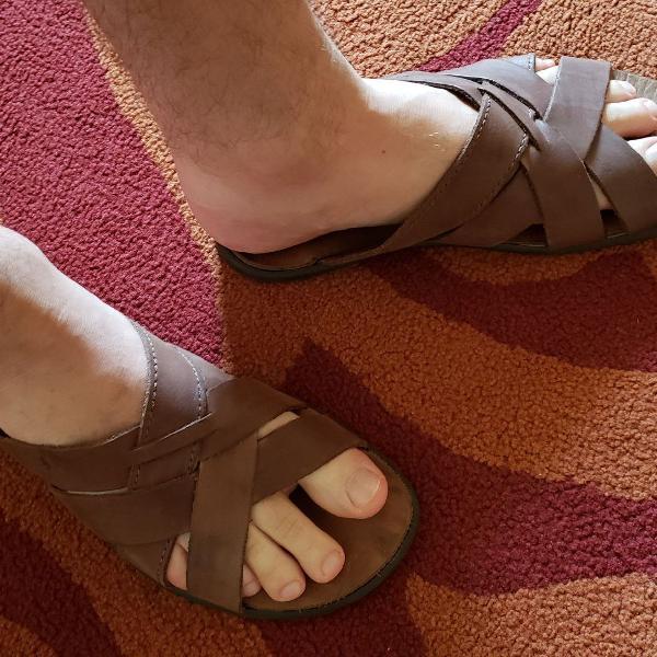 Chinelo side walk couro marrom 40