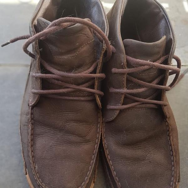 Bota marrom side walk