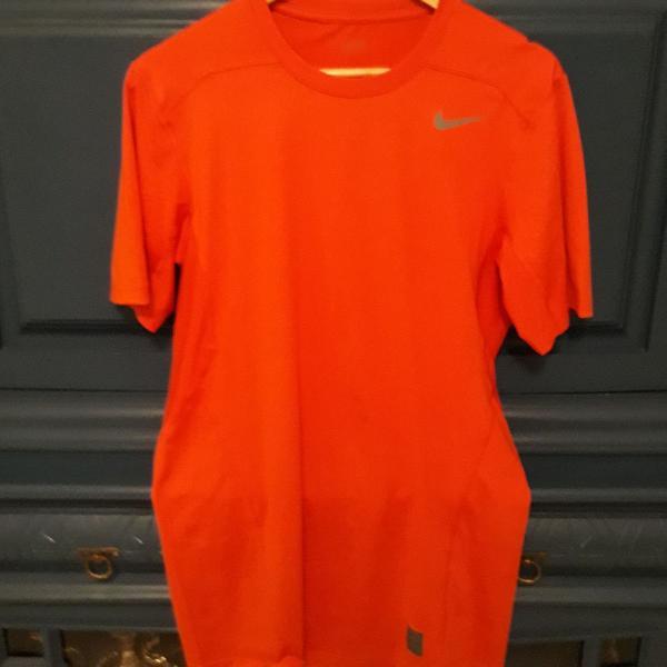Camiseta nike laranja