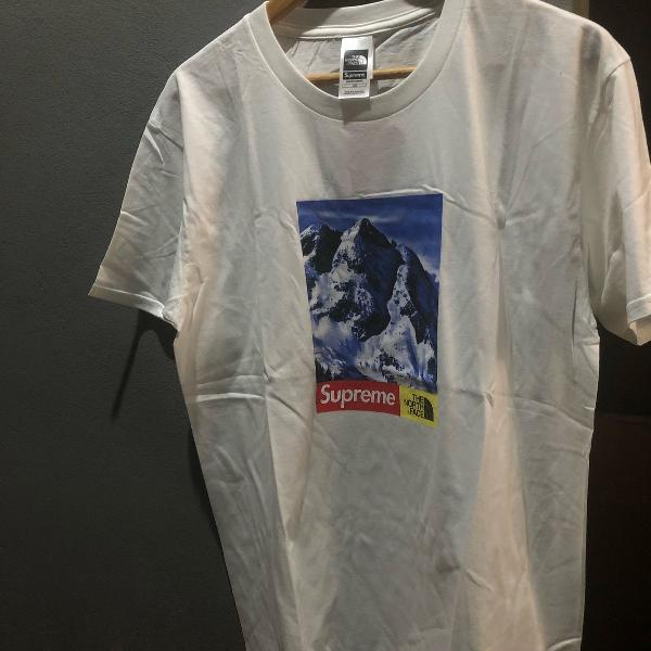 Camiseta supreme x north face mountain