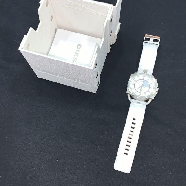 Relógio diesel branco