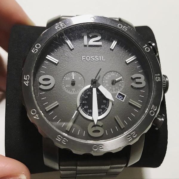 Relógio fóssil masculino usado original cinza escuro