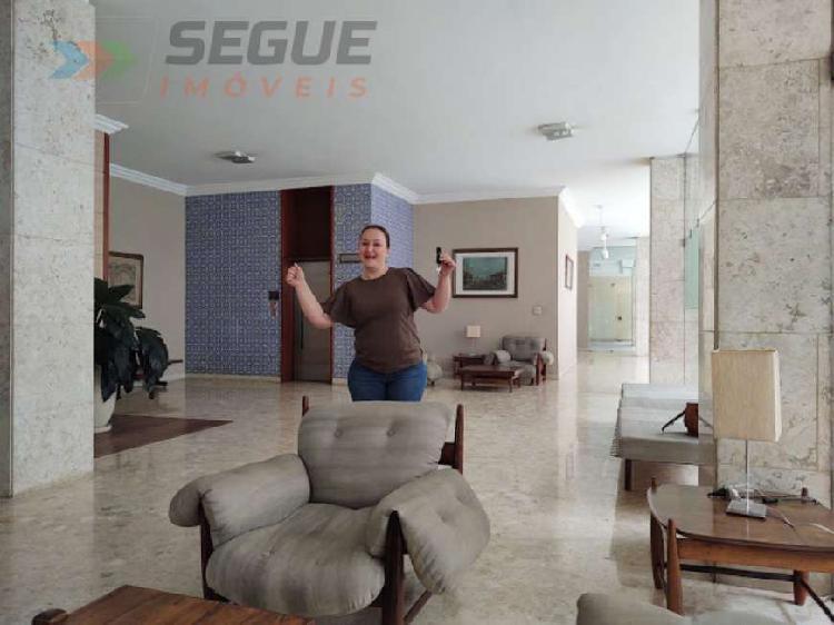 Vende apartamento 3 dormitório (sendo 1 suíte) 128 m²,