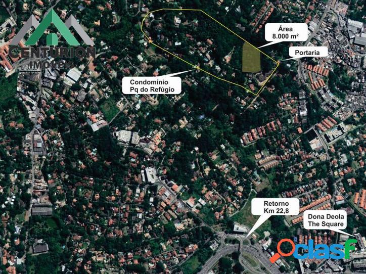 Área 8 mil m² dentro de condomínio fechado