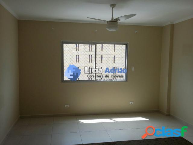 Sala living reformada - 1 vaga - são vicente / sp