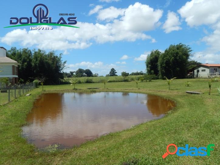 Lindo terreno com lagoa em condomínio fechado águas claras