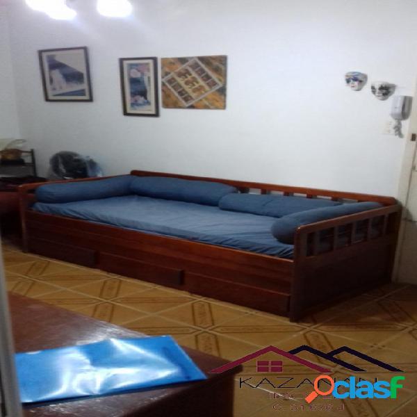 1 dormitório mobiliado para temporada no gonzaga santos