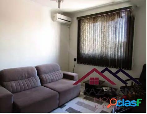 Apartamento 02 dormitórios, mobiliado, garagem coletiva.