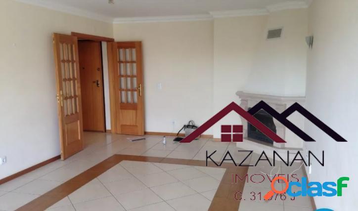 Apartamento 2 dormitórios, em massamá, lisboa, portugal