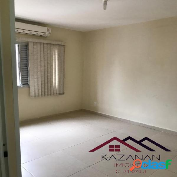 Apartamento 01 Dormitório, Boqueirão, 01 vaga, próximo a praia. 1