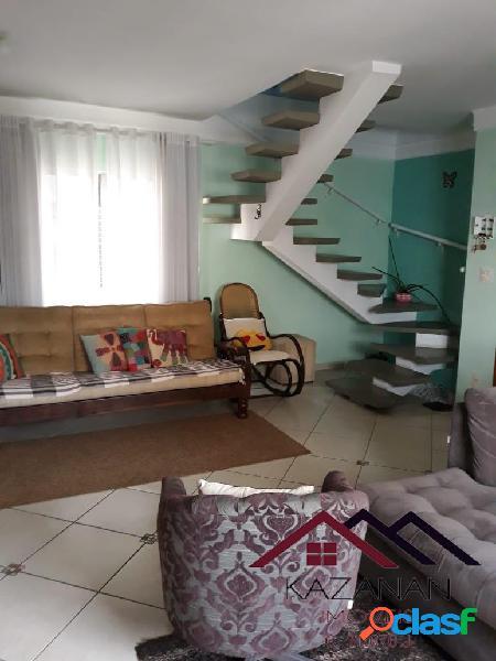 Cobertura duplex, 03 dormitórios (1suíte), 2 quadras da praia.