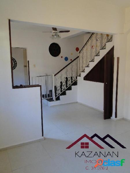 Sobrado triplex, 158m², 2 vagas; 4 dormitórios; Ponta da Praia - Santos/SP 2