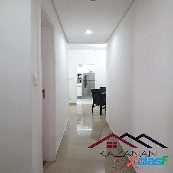 Apartamento 2 dormitórios, 1 quadra da praia, garagem coletiva, Gonzaga. 3