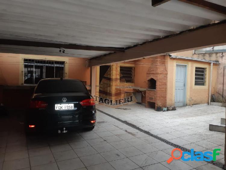 Casa terreá esquina no Tatuapé com terreno grande e edicula nos fundos. 1