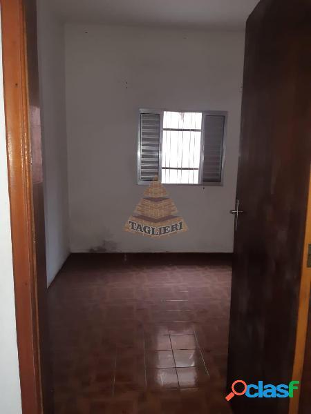 Casa terreá esquina no Tatuapé com terreno grande e edicula nos fundos. 2