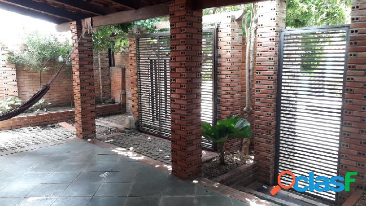 Casa rustica no bairro parque dez de novembro em manaus amazonas - aceita financiar