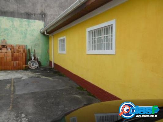 Casa térrea em vila fechada próxima ao metrô