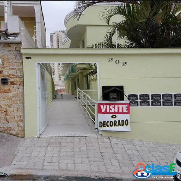 Casa de condomínio na rua padre agostinho poncet, 02 suítes
