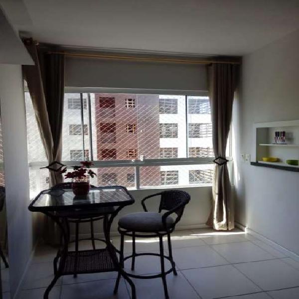 Apartamento 02 dormitórios com sacada de frente Capão da