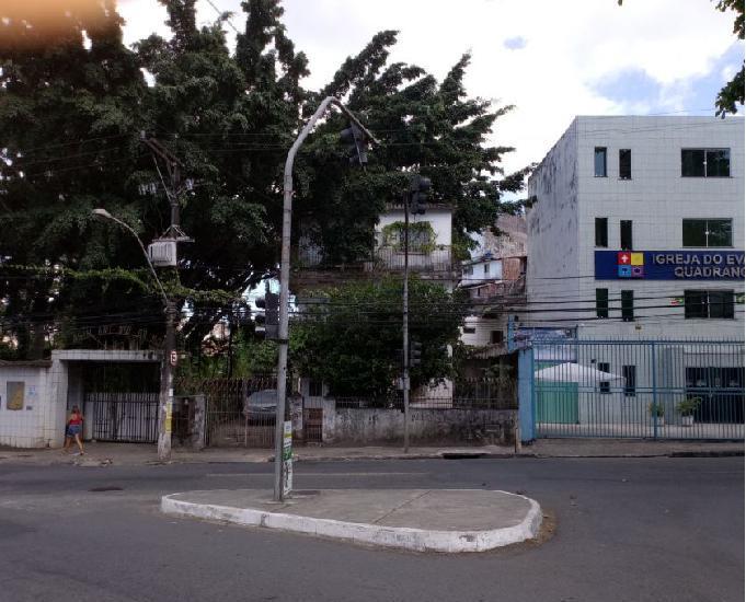 Baixa de quintas rua rodrigo de meneses terreno 1600,00 m2,