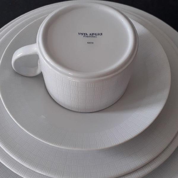Jogo de jantar da porcelana vista alegre