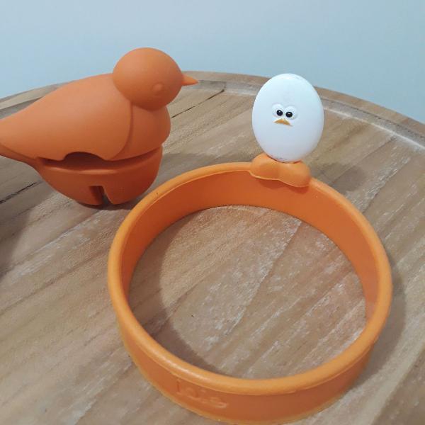 Kit cozinha: molde para fazer ovos e descanso de colher