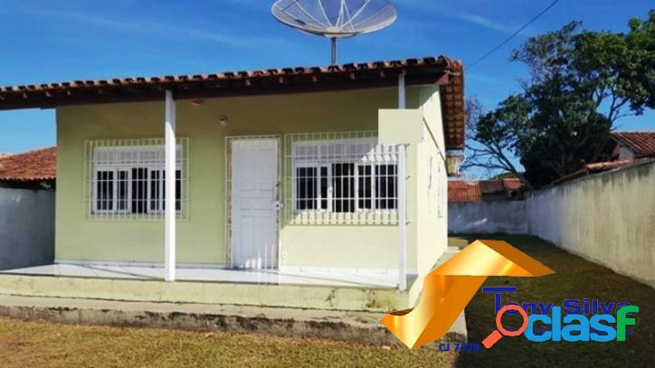 Excelente casa linear independente com amplo quintal