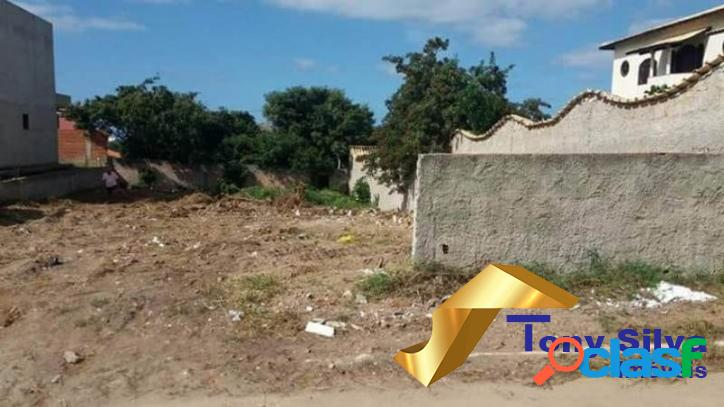 Excelente terreno com 420 m² na Vila do Peró em Cabo Frio 1