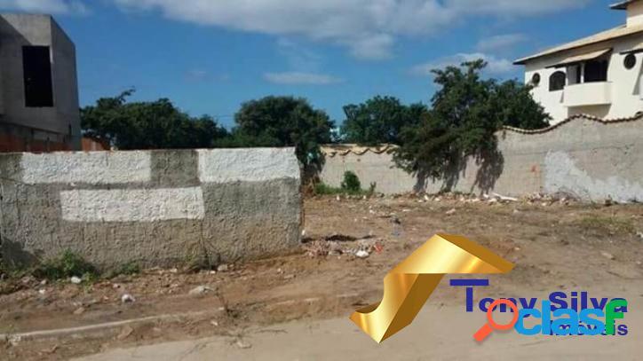 Excelente terreno com 420 m² na Vila do Peró em Cabo Frio 2