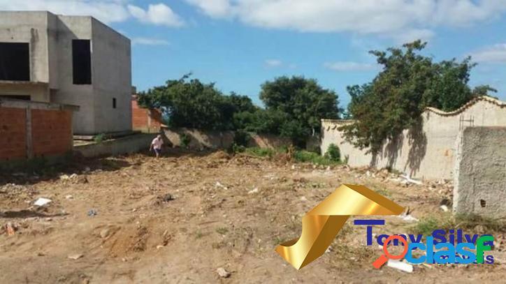 Excelente terreno com 420 m² na Vila do Peró em Cabo Frio 3